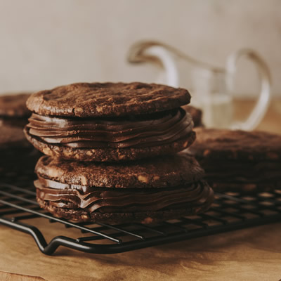 Alfajores de Chocolate con nueces